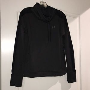 Women's under armour long sleeve pullover M